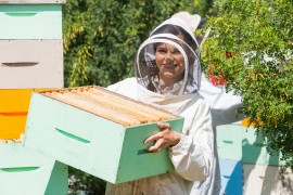 bee school, honeybee, penn state, beekeeper
